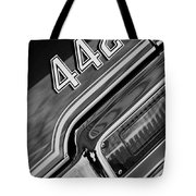 1971 Oldsmobile 442 Taillight Emblem Tote Bag