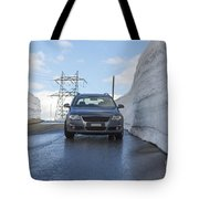 Car And Snow Wall Tote Bag