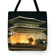 Dongdaemun Gate Landmark In Seoul South Korea Tote Bag