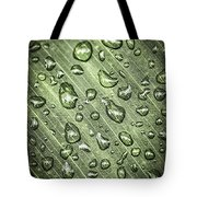 Green Leaf With Raindrops Tote Bag