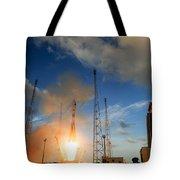 Launch Of Soyuz Vs07 2014 Tote Bag
