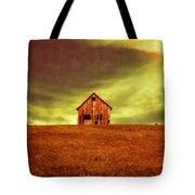 Old House On The Hill Tote Bag by Edward Fielding