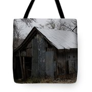 Patchwork Barn With Icicles Tote Bag