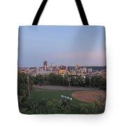 Pittsburgh Skyline At Dusk Tote Bag