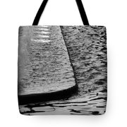 The Water Fountain In Black And White Tote Bag