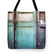 Welcome Home In Beijing Tote Bag by Glennis Siverson