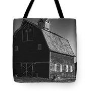 1913 Barn Black And White Tote Bag
