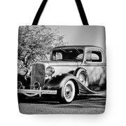 1933 Pontiac -0011bw Tote Bag