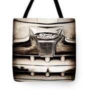 1947 Ford Deluxe Grille Grille Emblem Tote Bag