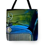 1960 Mercedes-benz 220 Se Convertible Hood Ornament Tote Bag