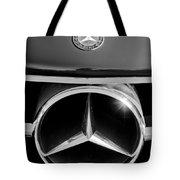 1961 Mercedes-benz 300 Sl Grille Emblem Tote Bag