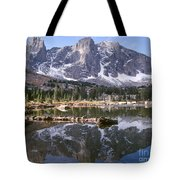 Cirque Of The Towers In Lonesome Lake 4 Tote Bag