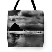 Cannon Beach - Oregon Tote Bag by David Patterson