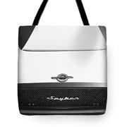 2009 Spyker C8 Laviolette Lm85 Grille Emblem Tote Bag