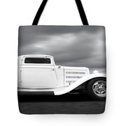 32 Ford Deuce Coupe In Black And White Tote Bag