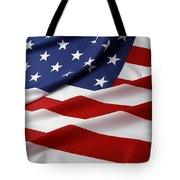 Usa Flag Tote Bag by Les Cunliffe
