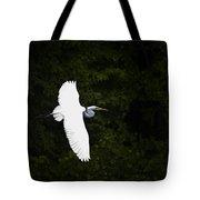 White Egret In Flight Tote Bag
