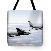 A B-52h Stratofortress Refuels Tote Bag by Erik Roelofs