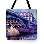 A Bridge In London Tote Bag