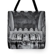A Central View Bw Tote Bag by Susan Candelario