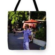 A Street Entertainer In The Hollywood Section Of Universal Studios Tote Bag