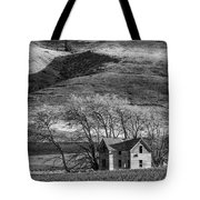 Abandoned Two-story Farmhouse - P Road Nw - Waterville - Washington - May 2013 Tote Bag