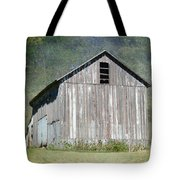 Abandoned Vintage Barn In Illinois Tote Bag
