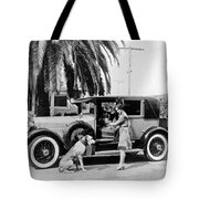 Actress And Dogs Go On Trip Tote Bag