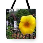 Amarillo La Flor Tote Bag