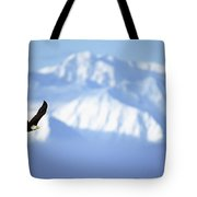 American Bald Eagle In Flight Tote Bag