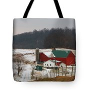 Amish Barn In Winter Tote Bag by Dan Sproul