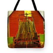 An Old Barn In Kittitas Tote Bag