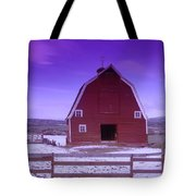 An Old Barn In The Wenas Tote Bag