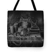 Antique Philco Radio Model 37 116 Bw Tote Bag