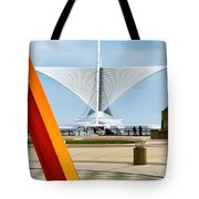 The Milwaukee Art Museum By Santiago Calatrava Tote Bag