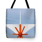 The Milwaukee Art Museum By Santiago Calatrava Tote Bag