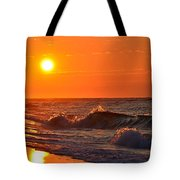 Awesome Red Sunrise Colors On Navarre Beach With Shore Waves Tote Bag