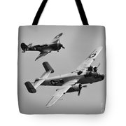 B-25 And Escort Bw Tote Bag
