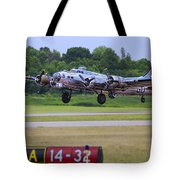 B17 Bomber Taking Off Tote Bag