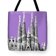 Barcelona Skyline La Sagrada Familia - Violet Tote Bag
