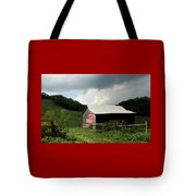 Barn In The Usa Tote Bag