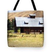 Barn Near Ellensburg Wa Tote Bag