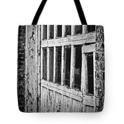 Bay Door In B/w Tote Bag