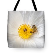 Bee On A Poppy Tote Bag
