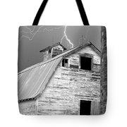 Black And White Old Barn Lightning Strikes Tote Bag