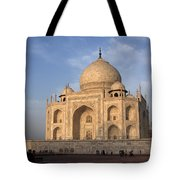 Taj Mahal In Evening Light Tote Bag