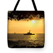 Boats Under The Hawaiian Sunset Tote Bag