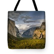 Bridal Vail Fall In The Spotlight Tote Bag