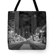 Broad Street At Night In Black And White Tote Bag