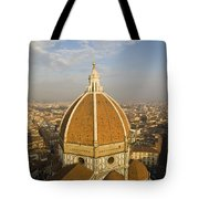Brunelleschi's Dome At The Basilica Di Santa Maria Del Fiore Tote Bag